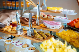 сладости шведский стол